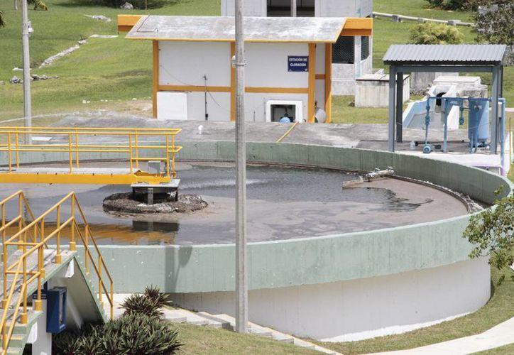 El tratamiento de aguas residuales es fundamental para el medio ambiente y la salud de la población. (Tomás Álvarez/SIPSE)