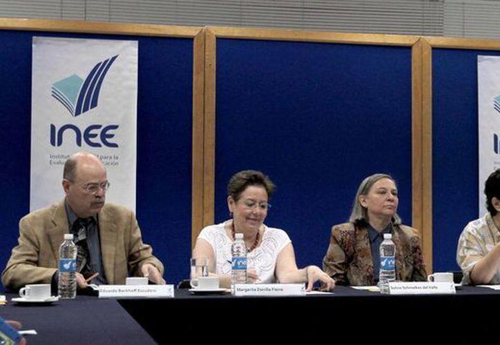 El INEE evaluará si las autoridades educativas ofrecen condiciones adecuadas a los profesores. (Notimex)