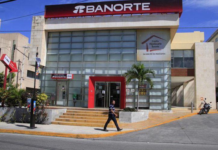 Los clientes tendrán a su disposición los cajeros automáticos. (Tomás Álvarez/SIPSE)