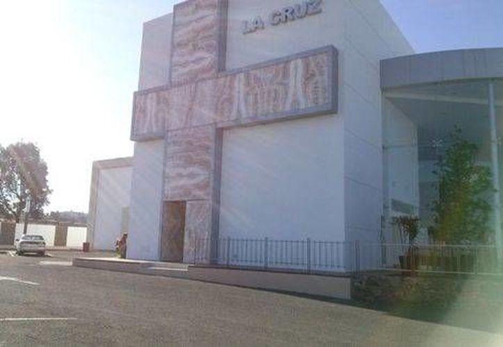 Funeraria La Cruz que se ubica en una exclusiva zona de Altozano al sur de Morelia. (Foto de Quadratin tomada de Milenio)