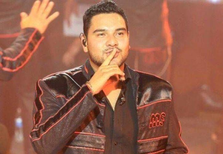El vocalista de la Banda MS, Alan Ramírez, que fue baleado este sábado fue reportado como estable. (Imagen tomada de noticiasmvs.com)
