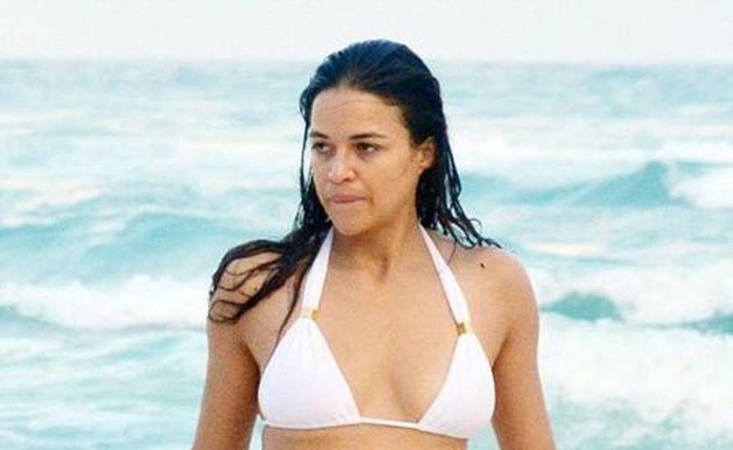 Michelle Rodríguez lucio su trabajada figura. (Cortesía/ Dayli Mail)