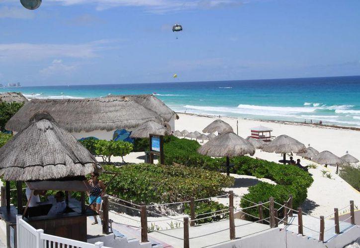 Las playas se han mantenido con estándares de calidad por tener manejo sustentable. (Tomás Álvarez/SIPSE)