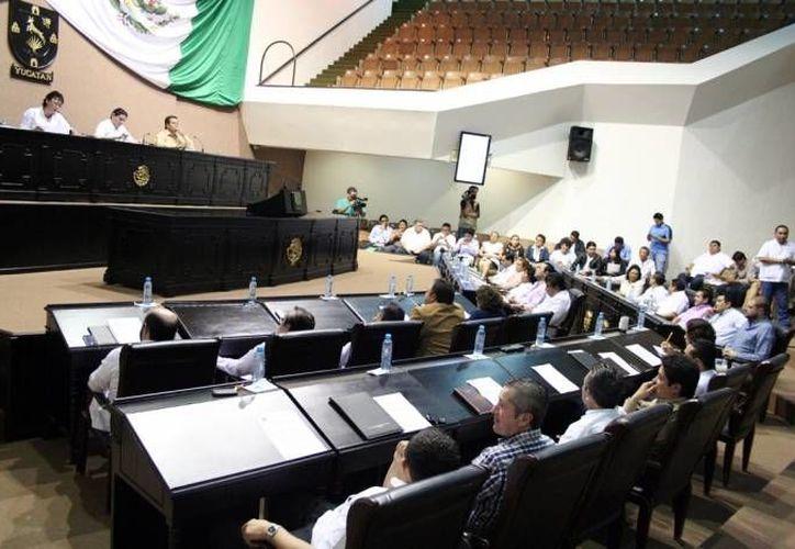 El Congreso de Yucatán recibió las primeras tres leyes de ingresos 2015 de los ayuntamientos yucatecos, correspondientes a  Muna, Izamal y Santa Elena. (SIPSE/Foto de archivo)