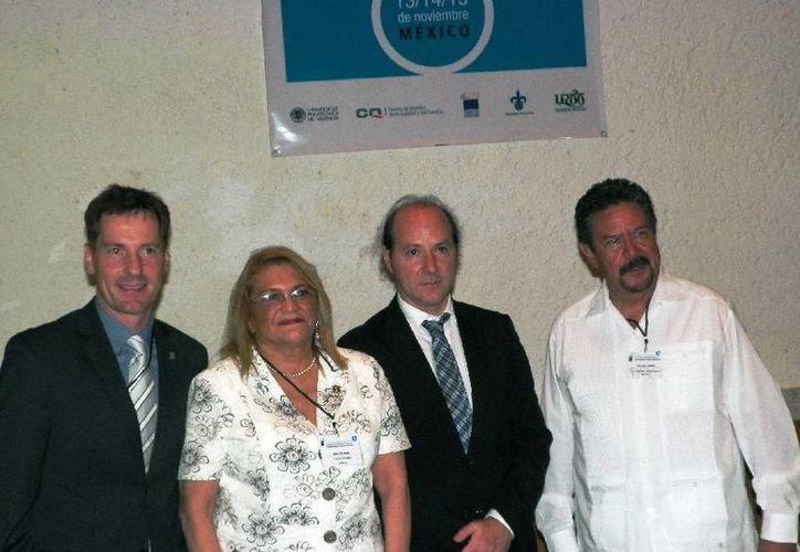 La rectora de la Uqroo se reunió con expertos internacionales. (Cortesía/Uqroo)