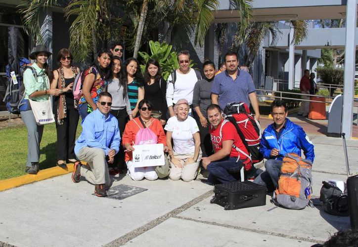 El grupo de estudiantes está  integrado por una decena de jóvenes del sexto semestre de bachillerato. (Ángel Castilla/SIPSE)