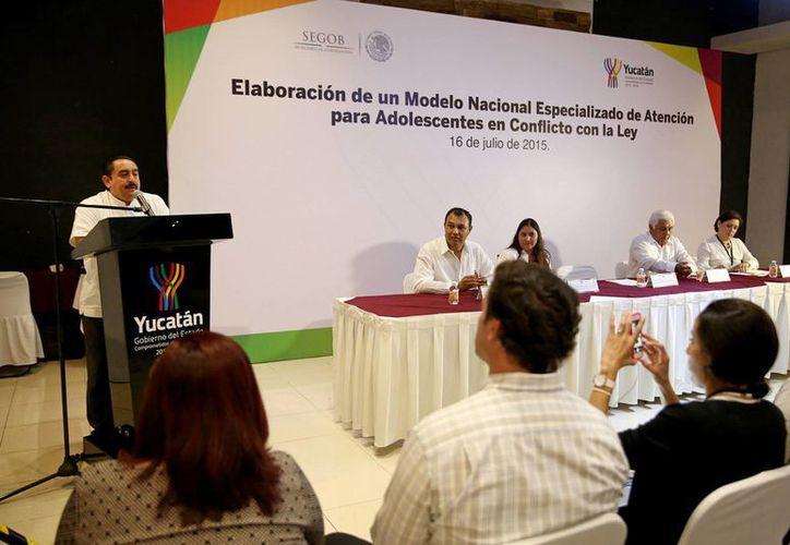 El director de Ejecución, Prevención y Reinserción Social del Gobierno del Estado, Fermín García Avilés, declaró que Yucatán servirá como modelo a otros estados en cuanto a reinserción social de adolescentes. (Foto: cortesía del Gobierno del Estado)