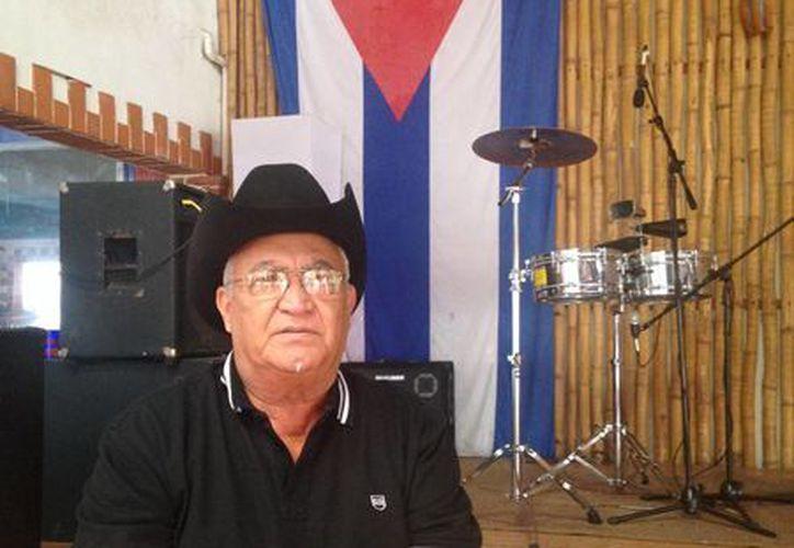 Eliades Ochoa, guitarrista de Buena Vista Social Club, se presentará este fin de semana en Playa del Carmen. (Luis Ballesteros/SIPSE)