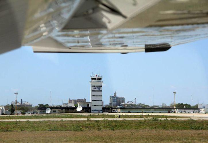 El aeropuerto 'Manuel Crescencio Rejón' también se prepara para la temporada de huracanes. (SIPSE)