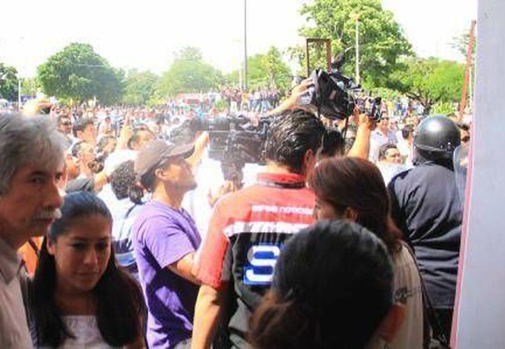 Julio César Lara Martínez y Sergio Flores Alarcón son acusados de dirigir los actos vandálicos. (Archivo/SIPSE)