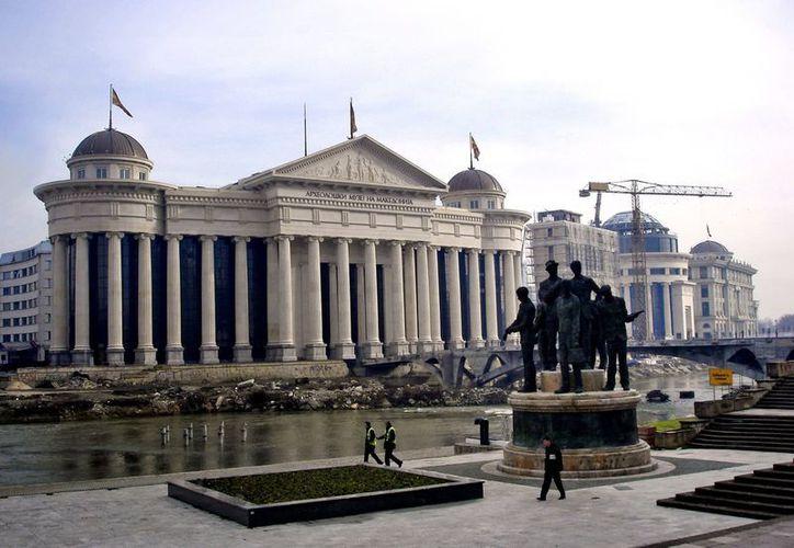 Skopje construye un gigantesco complejo arquitectónico para evocar la gloriosa época de Alejandro Magno, rey de la antigua  Macedonia. (EFE)
