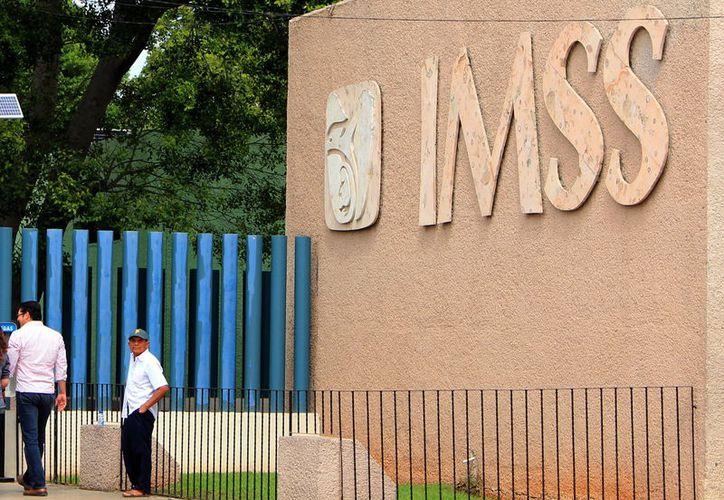 La derrama mensual del IMSS por pensiones es de 270 millones de pesos. (Foto: Milenio novedades)