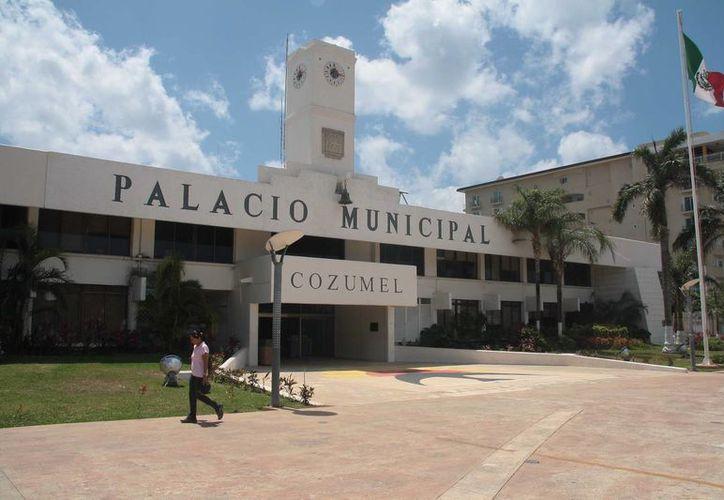 El Ayuntamiento respondió dos años después a la solicitud de información sobre el presupuesto de egresos de 2012.  (Julian Miranda/SIPSE)