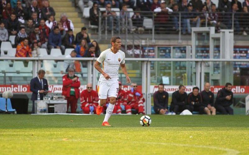 Héctor Moreno fue titular en victoria de la Roma