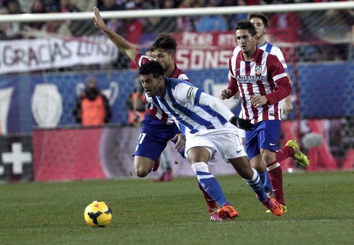 El mexicano Carlos Vela podría ganar el premio al Mejor Delantero de la Liga de España. (Foto de archivo de Notimex)