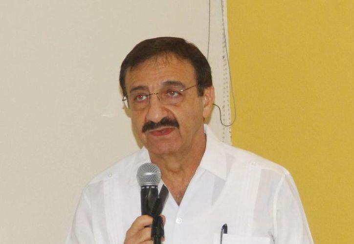 Alfredo Dájer Abimerhi dijo que la decisión final será en dos meses. (Milenio Novedades)
