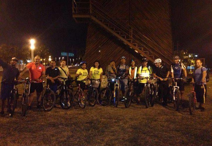El recorrido  en bicicleta consiste en dar un tour por la zona fundacional de Cancún. (Faride Cetina/SIPSE)