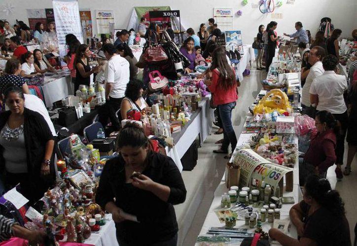 La expo fue organizada por mujeres empresarias. (Tomás Álvarez/SIPSE)