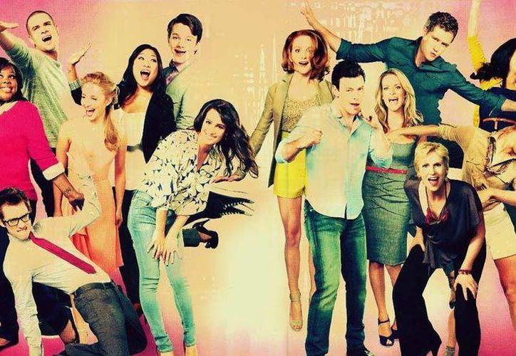 La serie tiene el récord de mayor audiencia de la cadena Fox. (es.glee.wikia.com)