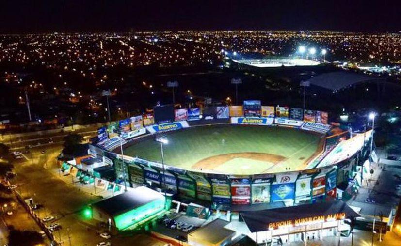 La casa de los Leones de Yucatán es uno de los recintos más grandes, bellos, y funcionales de la Liga Mexicana de Beisbol.