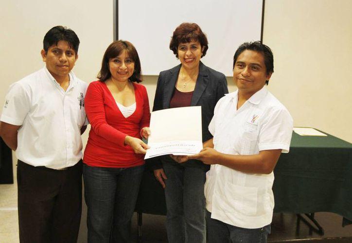 El primer curso en lengua maya para servidores públicos ya fue clausurado, mientras que el segundo se realizará en 2014. (Cortesía)