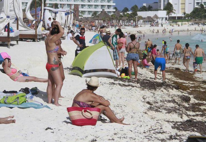 Los estadounidenses, canadienses son los segmentos turísticos muy importantes. (Israel Leal/SIPSE)