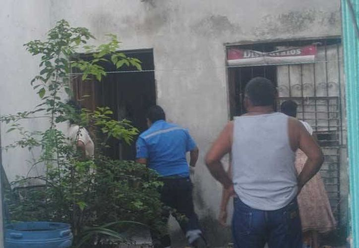 Un hombre fue herido de gravedad por otro sujeto, en el interior de su vivienda en la colonia Colosio de Playa del Carmen. (Redacción/SIPSE)