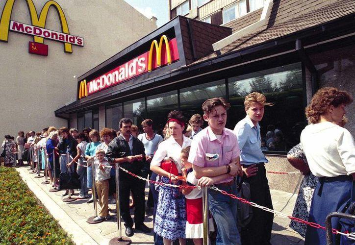 La cadena norteamericana McDonald's inauguró su primera sucursal en 1989, en la entonces Unión Soviética. (AP)