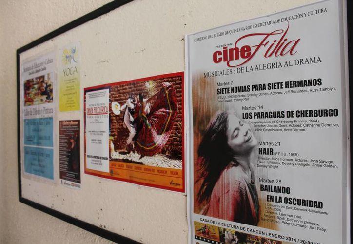 Actualmente se imparten 17 talleres en la Casa de la Cultura. (Francisco Gálvez/SIPSE)
