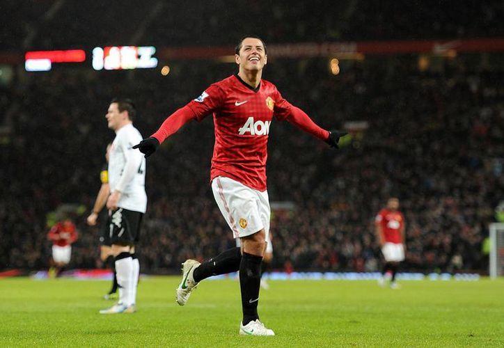 'Chicharito' Hernández es una de las figuras del Manchester United, potente deportiva y económicamente. (knvotv48.com)