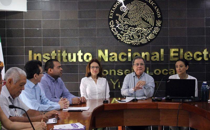 En la Junta Local del INE se dio seguimiento al proceso de selección. (Milenio Novedades)