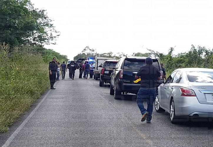 Amplia movilización en carretera a Tetiz por narcos que escaparon  tras disparar a un policía. (Federico Cab/Milenio Novedades)