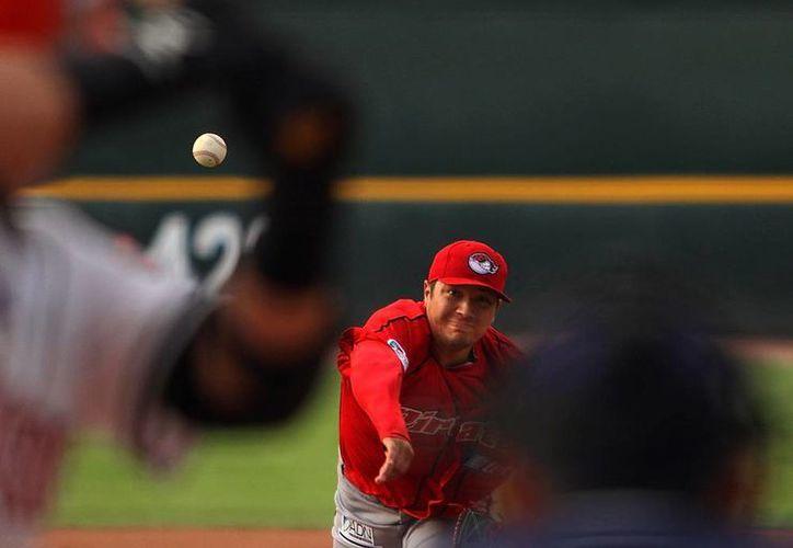 El pitcher mexicano Héctor Velázquez, quien pertenece a Piratas de Campeche, tendrá una oportunidad para dar el brinco a Grandes Ligas. (Jammedia)