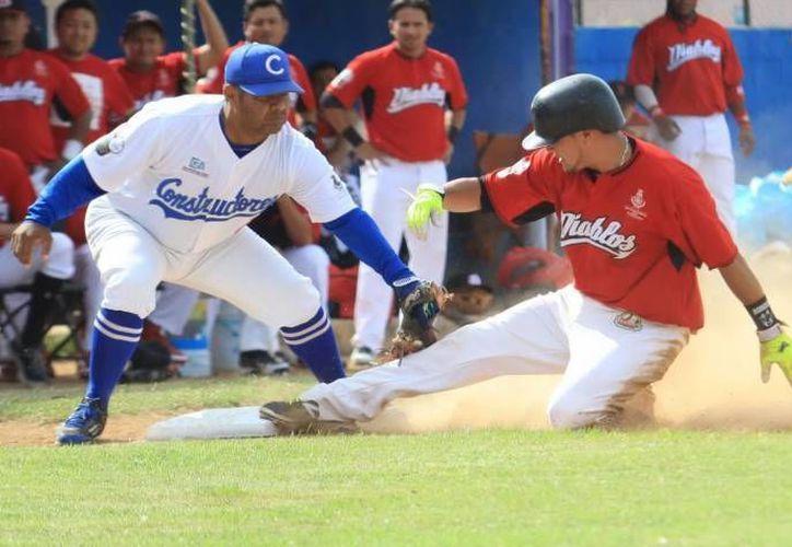 El alcalde de Mérida acudirá a la inauguración de la Liga Meridana de Beisbol este sábado. (SIPSE)