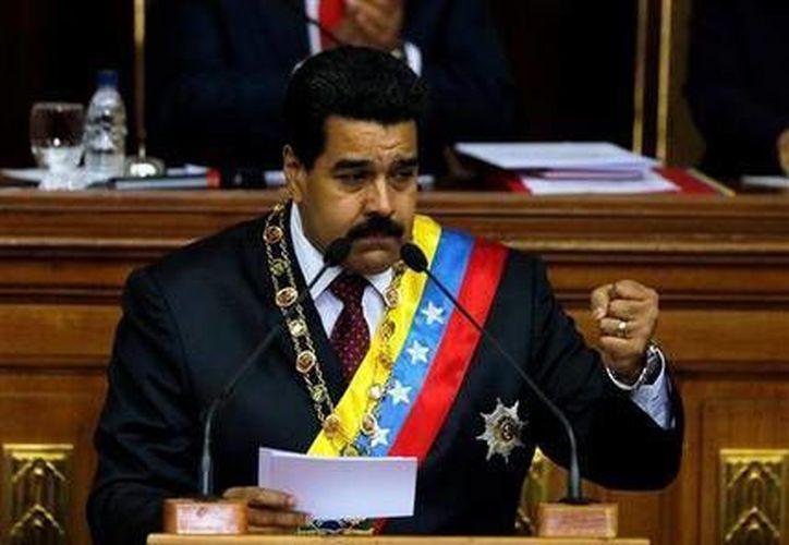 El presidente venezolano Nicolás Maduro pronuncia su discurso anual ante la Asamblea Nacional en Caracas, 15 de enero de 2014. (Archivo/AP)