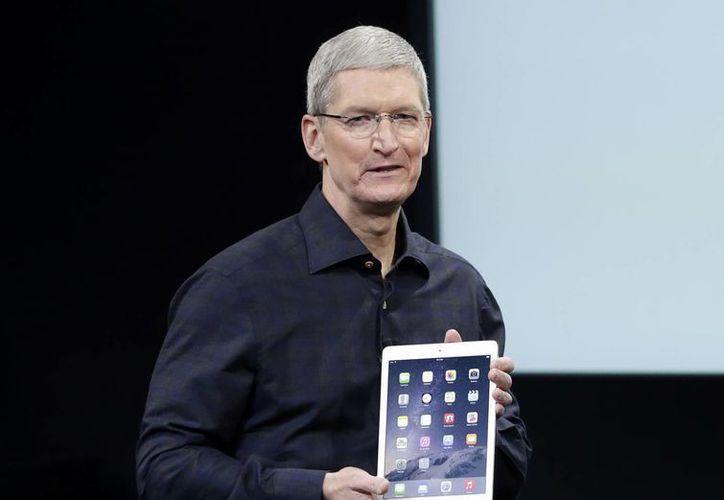 De acuerdo a Tim Cook, CEO de Apple, el iPad es el dispositivo más vendido de la historia de la compañía, con más de 225 millones de unidades. (Foto: AP)