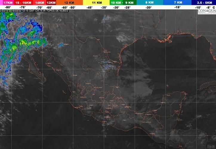 El sistema frontal No. 38, en proceso de disipación localizado en el Mar Caribe. (Conagua)