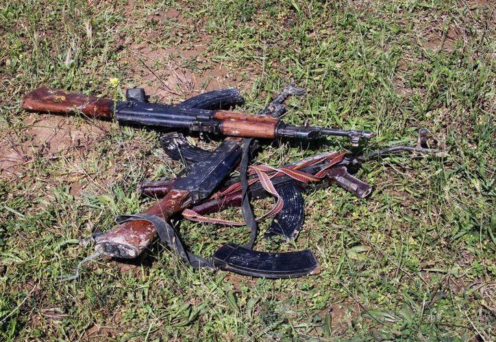 En Hawija fueron decomisadas AK-47. (Agencias)