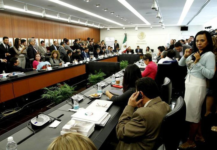 Los 128 senadores estarán convocados a las sesiones que sean necesarias para desahogar el trámite legislativo sobre la ley en telecomunicaciones, la cual ya fue aprobada en comisiones. (Notimex)