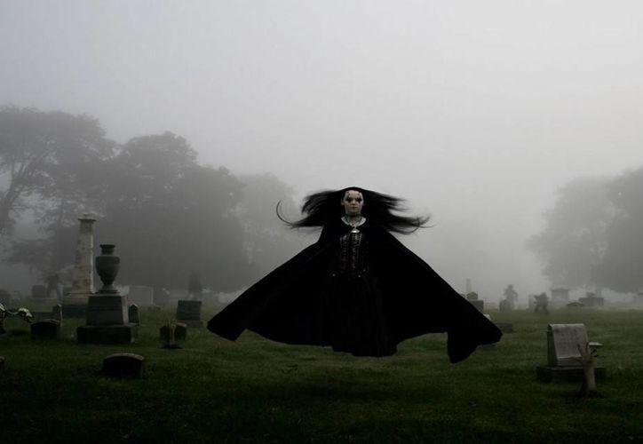 Varias personas en Ticul tienen miedo, pues dicen haber visto levitar a un brujo. (Foto de contexto/demiedo.es)