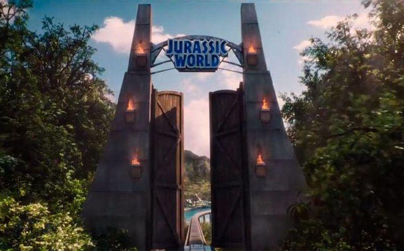Primer tr iler oficial de jurassic world secuela de for Puerta jurassic world
