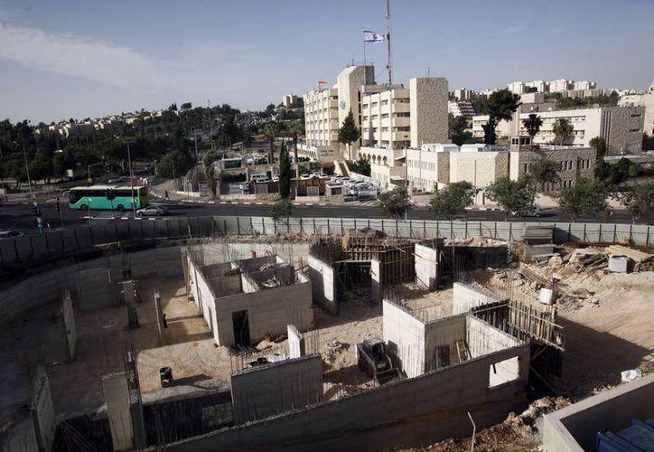 Naciones Unidas condenó la construcción de asentamientos judíos en tierras consideradas territorio palestino. Esto fue facilitado con una abstención de Estados Unidos, lo que enfureció al gobierno de Israel y tensa la relación diplomática entre ambos países. (AP/Mahmoud Illean)