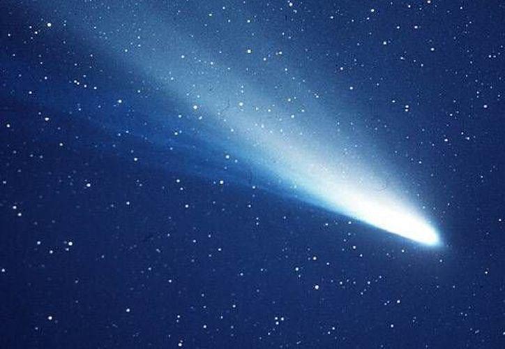 Este miércoles se espera el pico de las Eta Acuáridas, que se registra debido a la basura de hielo, roca y metal que dejó el cometa Halley. (i.space.com)
