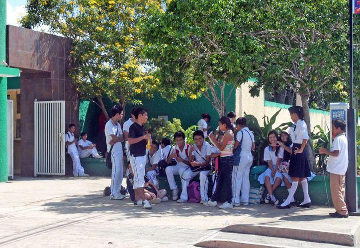 La SEQ prevé obtener en 2013 la cantidad de tres millones 584 mil 191 pesos por concepto de aportaciones del FAEB. (Juan Palma/SIPSE)