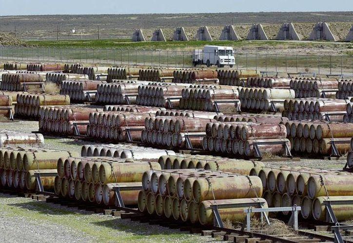 Complejo en Utah, EU, donde se albergan numerosos contenedores de gas mostaza y otros químicos en tanques al aire libre. (Foto de contexto)