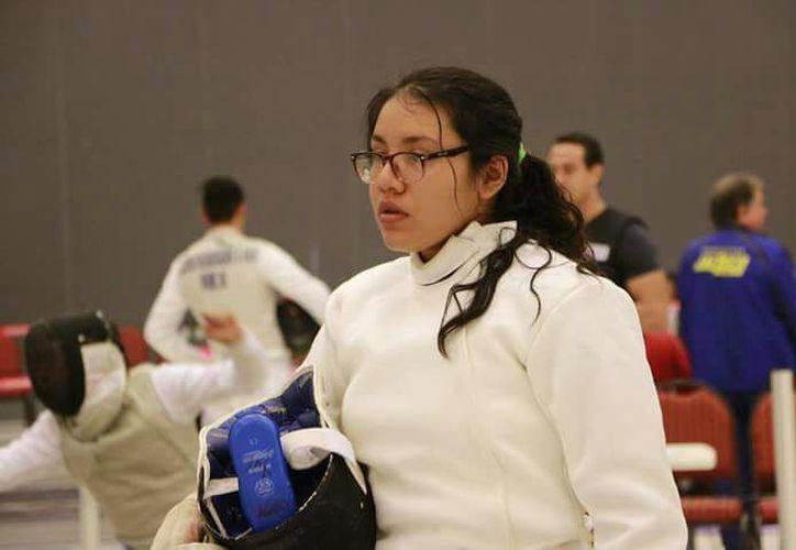 Frida Carolina Chi Caballero es una de las más importantes atletas en esgrima. (Miguel Maldonado/SIPSE)