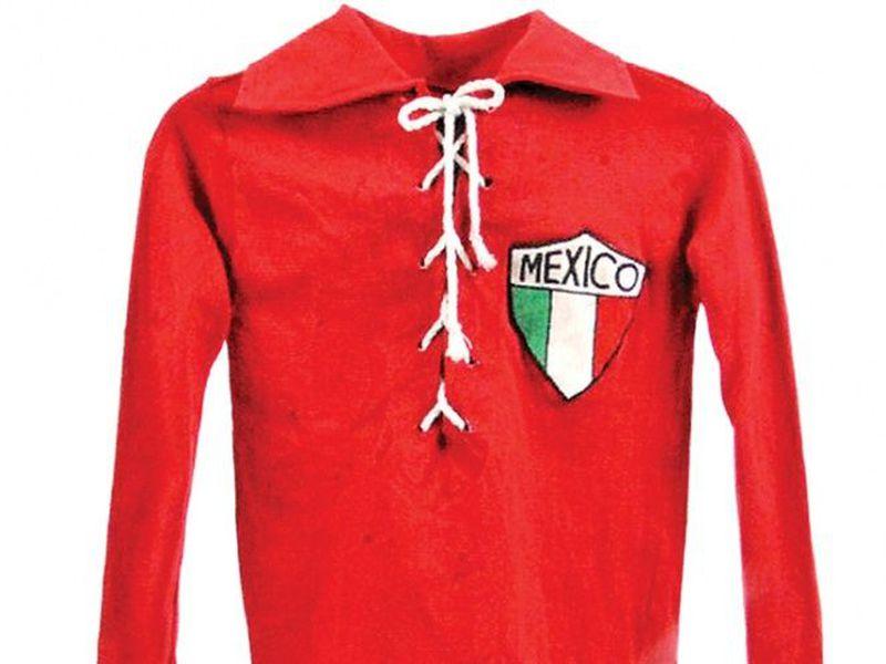 La subasta de una camiseta de la primera selección mexicana se llevó a cabo en Miami (Foto cortesía de Diego Ortiz)