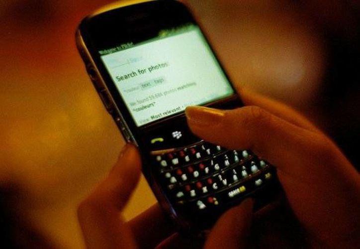 La empresa Blackberry logró un alto número de usuarios durante muchos años, pero poco a poco fueron disminuyendo con la llegada de otros Smartphone. (EFE)