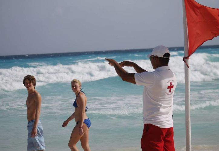 Crisis económica genera la caída del turismo ruso. (Israel Leal/SIPSE)