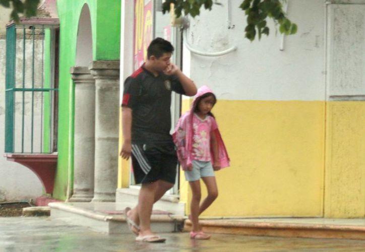 Lluvias fueres se esperan para Yucatán por el paso del huracán Earl. (Milenio Novedades)